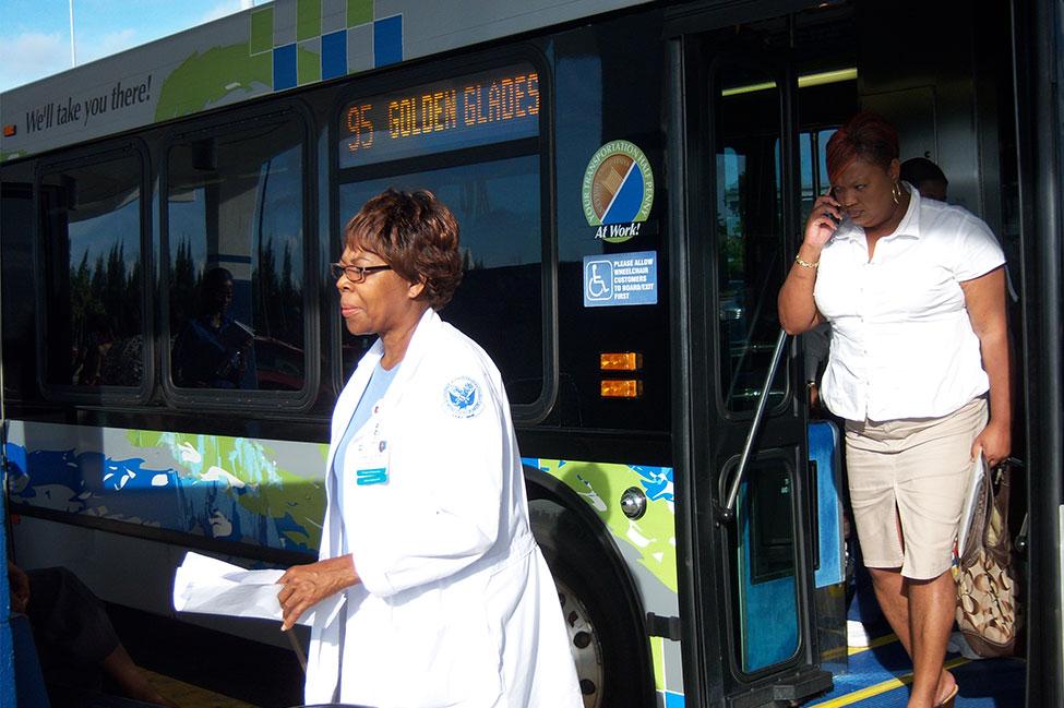 95 Express bus 2